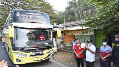Photo of Bupati Lepas Rombongan Konvoi Bus Pariwisata
