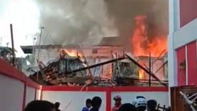 Photo of Diduga Konsleting Listrik 30 Rumah Warga Ludes Terbakar