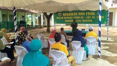 Photo of Warga Tanjung Gundap Terlihat Antusias Mengikuti Program Non Fisik TMMD Kodim 0316/Batam