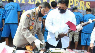 Photo of Dit Reskrimum Polda Jabar Amankan Pembuat Senjata Api Ilegal