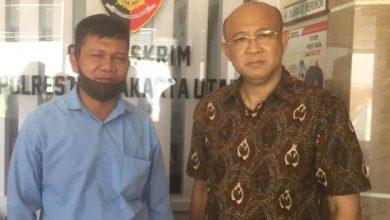 "Photo of Kasus Dugaan Pemalsuan Dokumen, Polisi dan Notaris Saling Lempar ""Bola Panas"""