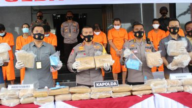 Photo of Polda Banten Ekspose Kasus Penyelundupan 159 Kg Ganja antar Provinsi
