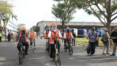 Photo of Atasi Dampak Covid-19, Gubernur Khofifah Ajak Masyarakat Belanja Produk Lokal