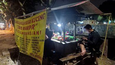 Photo of Selain Sebagai Humas di Polres Metro Jakbar, Ini yang Dilakukan Bripka Dwi Hariyanto