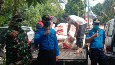 Photo of Sertu Ruslan Dampingi Pendistribusian Sembako Bantuan Covid-19 dari BP Batam