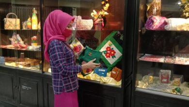 Photo of Dinsos Jatim Pamerkan Kerajinan Klien di Galeri Workshop