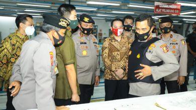 Photo of Kabaharkam Polri Jaga Komitmen Utamakan Produk Dalam Negeri Untuk Almatsus Polri