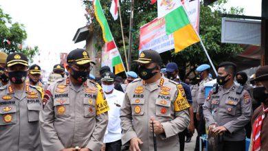 """Photo of Kunker di Wilkum Polrestabes Medan, Kapolda Sumut Resmikan Kampung Paten """"Peduli Sehat"""" Deli Tua"""