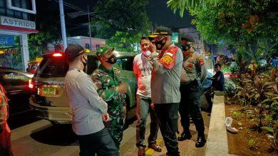 Photo of Ciptakan Situasi Kamtibmas di Tengah Pandemi Covid19, Polres Jakbar bersama Tiga Pilar Patroli Dialogis