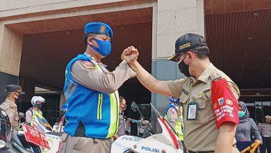 Photo of Delapan Tim Penindak Pelanggar PSBB Diterjunkan Pemkot Jakbar