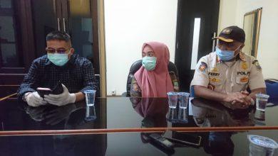 Photo of Kabid Trantibum Satpol PP Kab. Bekasi Tidak Perintahkan Telpon Pelapor