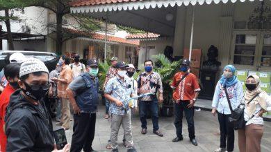 Photo of Cedrai Pancasila !! FWJ Siap Dukung Pemerintah Usut Tuntas Penusukan Syekh Ali Jaber