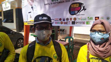 Photo of Tim CSR PT Ejip Turut Serta Bersihkan Lingkungan di Cikarang Barat