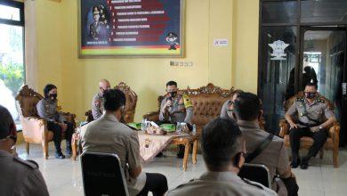Photo of Pimpin Rapat Anev Harian, Kapolres Pekalongan Ingatkan Personil Patuhi Protokol Kesehatan