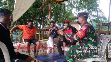 Photo of Babinsa Tanjung Riau Himbau Warga Untuk Menjaga Lahan Hutan Lindung