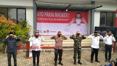 "Photo of Kampanye ""Ayo Pakai Masker"", Polda Banten Bagikan 260 Ribu Masker ke Masyarakat"