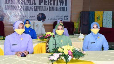Photo of Hari Batik Nasional, Istri Prajurit TNI dari 3 Matra Ikuti Pelatihan Membatik Virtual