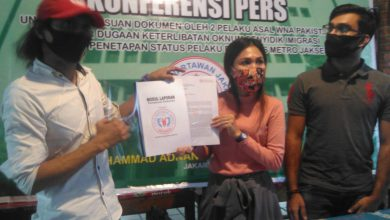 Photo of Pemalsuan Dokumen 2 Negara, FWJ Desak Polisi Tangkap Terduga Pelaku MA dan MSH