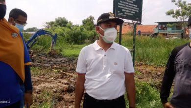 Photo of Antisipasi Banjir, Pemkot Jakbar Membangun Waduk di RW 01