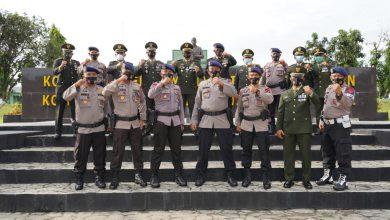 Photo of Kejutan Danyon Brimob P. Santar Untuk Danrem 022/PT Kolonel Inf Asep Nugraha di HUT TNI ke-75