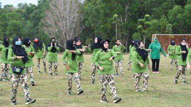 Photo of Persit Katika Chandra Kirana Koorcab Rem 033 PD I Bukit Barisan Lakukan Olahraga bersama dan Rapid Test