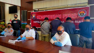 Photo of Diduga Lakukan Tindak Pidana Pemerasan, 4 Orang Oknum Dinsos Kota Batam Diamankan Ditreskrimum Polda Kepri