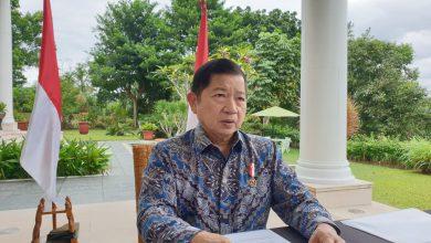 Photo of Menteri PPN Ajak Semua Pihak Bahu Membahu Atasi Pandemi Covid-19 saat Hadiri Webinar Build Forward Better