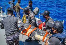 Photo of Prajurit KRI Tombak-629 berhasil Menyelamatkan seorang yang Terjatuh di Laut