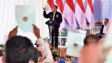 Photo of Presiden serahkan 22.007 Sertifikat Hak Atas Tanah di Humbang Hasundutan