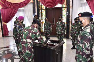Panglima TNI Pimpin Sertijab Kasum, Kabais, dan Dandenma
