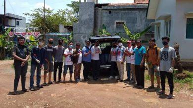 Photo of Masa Pandemi Covid-19, Millenial Tangsel Lakukan Penyemprotan Disinfektan di 2 Kelurahan