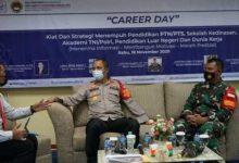 "Photo of Wakapolrestro Bekasi hadiri ""Career Day"" di SMA Presiden Cikarang"