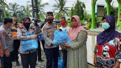 Photo of Jumat Barokah, Kapolres Sergai Bakti Sosial Kepada Masyarakat Kelurahan Tualang