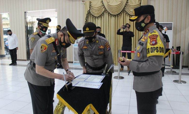 Photo of Kapolda Banten Pimpin Sertijab Wakapolda Banten