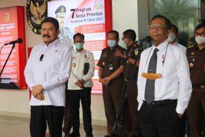 Ramai Isu Reshuffle, Mahfud MD Digadang Jadi Jaksa Agung