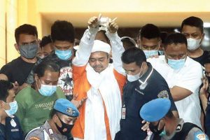Rizieq Divonis 8 Bulan Penjara Untuk Kasus Kerumunan di Petamburan