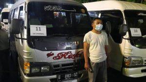 Puluhan Travel Gelap Yang Bawa Pemudik Ditangkap