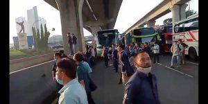 Pihak Organda Bekasi Menyayangkan Bus Karyawan Dilarang Melintas