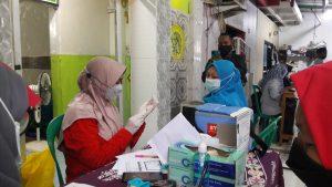 Kelurahan Koja Gelar Vaksinasi Massal