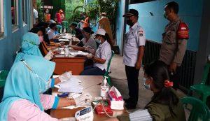 Ciptakan Kekebalan Komunal, Kelurahan Warakas Vaksinasi Warga Wilayah PPKM Berskala Mikro