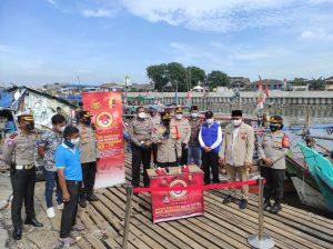Baksos Serentak Polri Sambut HUT Bhayangkara ke-75 di Kampung Nelayan Tradisional Cilincing
