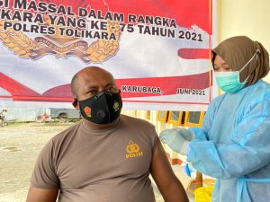 Patroli Dilakukan Polres Tolikara Saat Pelaksanaan Vaksinasi Massal