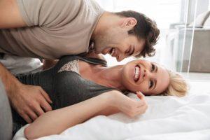 6 Posisi Bercinta Yang Bisa Bikin Kamu Tahan Lama
