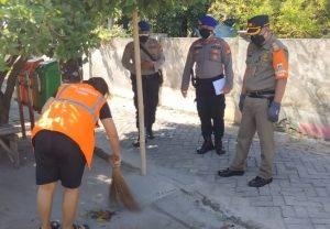 Kedapatan Tidak Pakai Masker, 2 Pelanggar di Sanksi Ops Gabungan Polres Kep Seribu