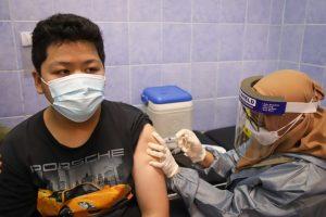 Jawab Tantangan Panglima TNI, FKDM Pademangan Ajak Anak Vaksinasi