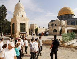 Tentara Israel Larang Umat Islam Salat di Masjid Ibrahim
