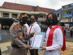 Berkinerja Baik, Sejumlah Anggota Polres Cilacap Dapat Penghargaan