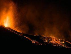 Gunung Berapi di Spanyol Meletus, Ribuan Orang Dievakuasi